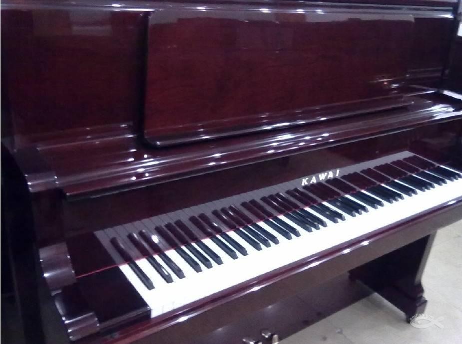 """钢琴专卖店介绍避免依赖指法""""认谱""""的方法是什么"""